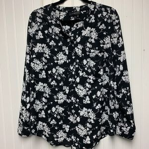 Shear Black long sleeve with white flowers